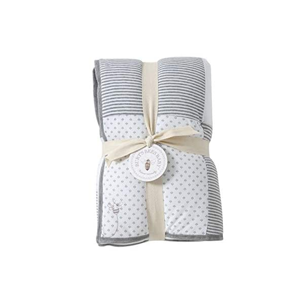 Burt's Bees Baby – Reversible Quilt Baby Blanket, Dottie Bee Print, 100% Organic Cotton and 100% Polyester Fill (Heather Grey)