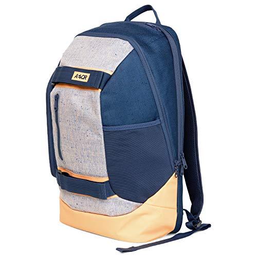 AEVOR Bookpack - ergonomischer Rucksack, 26 Liter, Laptopfach, Skate Board Tragesystem - Bichrome Peach - Apricot