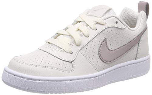 Nike Court Borough Low (GS), Zapatillas de Gimnasia Niños, Gris (Phantom/Mtlc Red Bronze/White 007), 35.5 EU
