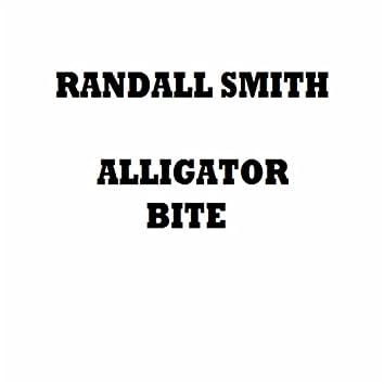 Alligator Bite