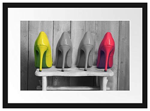 Picati High Heels auf Hocker Bilderrahmen mit Galerie-Passepartout | Format: 55x40cm | garahmt | hochwertige Leinwandbild Alternative
