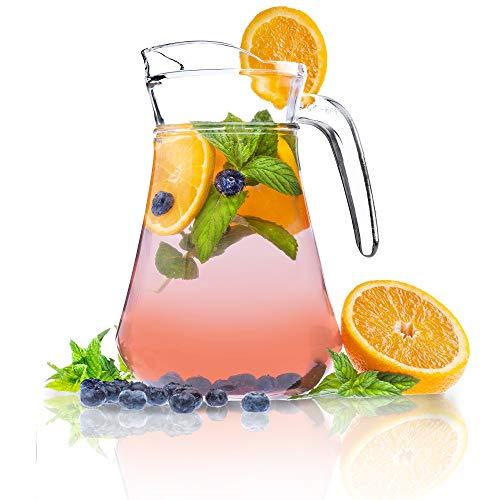 KADAX Krug, Glaskanne, Glaskrug aus robustem Glas, Wasserkrug mit Auslauf und handlichem Griff, Glaskaraffe für kalte Getränke, Saft, Milch, Eistee, transparent (Theo, 1.4L)