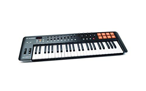 M-Audio Oxygen 49 IV - Teclado controlador MIDI USB con 49 teclas y pads sensibles a la intensidad, sistema DirectLink de asignación automática, VIP 3.0 y paquete de software incluido