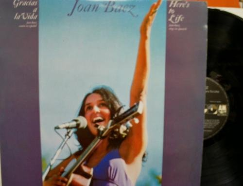 Antiguo disco. Old vinyl disc. JOAN BAEZ. CANTA EN ESPAÑOL. GRACIAS A LA VIDA...