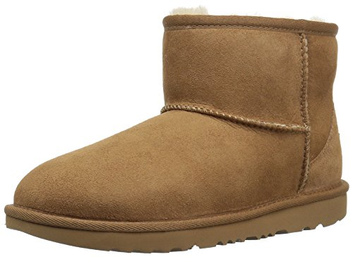 UGG Kids' Classic Mini II Boot, Chestnut, 5 M US Big Kid
