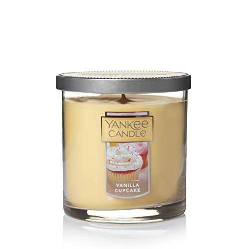Yankee Candle Small Tumbler Jar Candle|Vanilla Cupcake Scented Candle|Premium Paraffin Grade Candle Wax with up to 55 Hour Burn Time