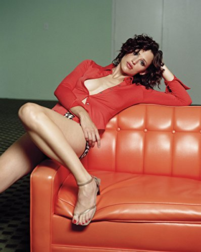 Jennifer Garner Red Top Bikini Bottoms on Couch Modeling Photo (8 inch by 10 inch) PHOTOGRAPH TL