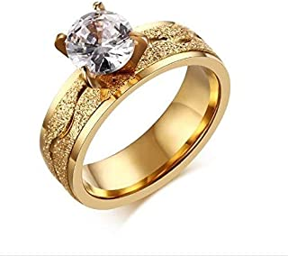 Ring women gold encrusted with crystals Size 8