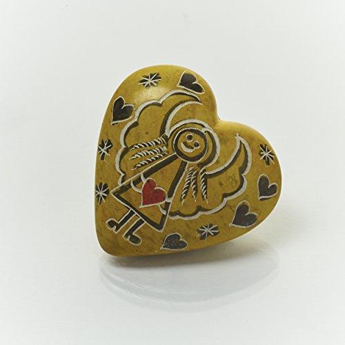 Handschmeichler Herz mit Engel Motiv, Schutzengel aus Speckstein ca. 4,0 cm, Farbe Gelb - Handmade, jedes Teil ist ein Unikat. Handgefertigt in Kenia.