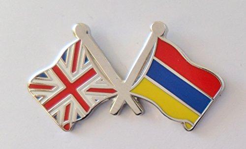 1000 drapeaux Arménie et drapeau du Royaume-Uni