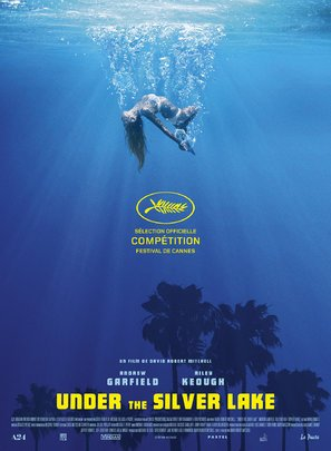 Preisvergleich Produktbild Under The Silver Lake French Movie Wall Poster Print - 43cm x 61cm / 17 Inches x 24 Inches A2