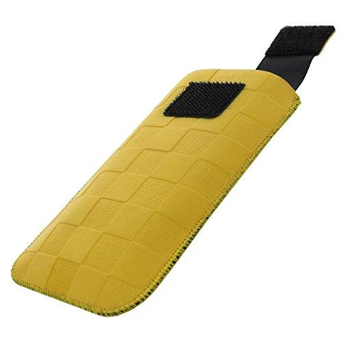 XiRRiX Handytasche mit Ausziehhilfe Size S kompatibel mit AEG Voxtel M250 - Doro PhoneEasy 6030 Primo 406 413 - Nokia 2720 Flip 2019 - Swisstone BBM 625 - Handy Tasche gelb Dirt Erscheinungsbild