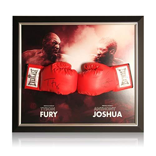 Exclusive Memorabilia Boxhandschuhe signiert von Anthony Joshua und Tyson Fury. Gerahmt