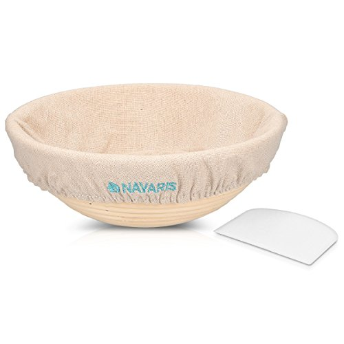 Navaris Brot Gärkörbchen Gärkorb rund - Brotform Set mit Leineneinsatz und Teigabstecher - Ø 25cm Rattan Korb Brotkorb für max. 1kg Teig