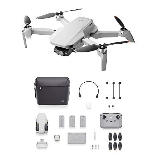 DJI Mini 2 Fly More Combo - Ligero y Plegable Drone Quadcopter, 3 Ejes Gimbal con Cámara 4K, Foto 12 MP, 3 Baterías, Centro de Carga, OcuSync 2.0 HD Transmisión de Vídeo, Mavic Mini, DJI Fly App