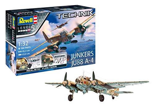 Revell Stuka JUNKERS Ju-88 A-4 1: 32 Escala Technik Modelo Kit, Incluye iluminación LED Set & Motores eléctricos (00452), 45,3 cm