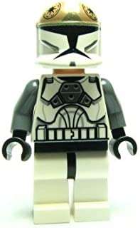 LEGO Star Wars–At-Te Pilot Figure