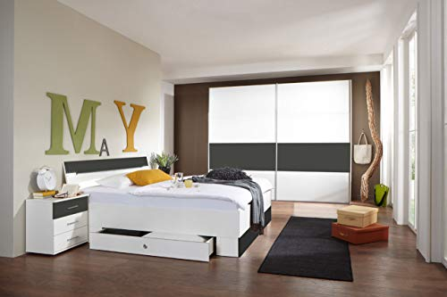 lifestyle4living Schlafzimmer Komplett Set in weiß und grau, 4-teilig | Modernes Komplettset mit Schwebetürenschrank, Bett und Nachtschränken