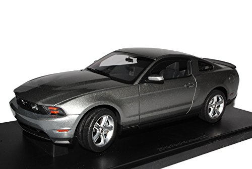 AUTOart Ford Mustang GT Coupe Sterling Silber Grau V 2. Generation 2009-2014 72911 1/18 Modell Auto