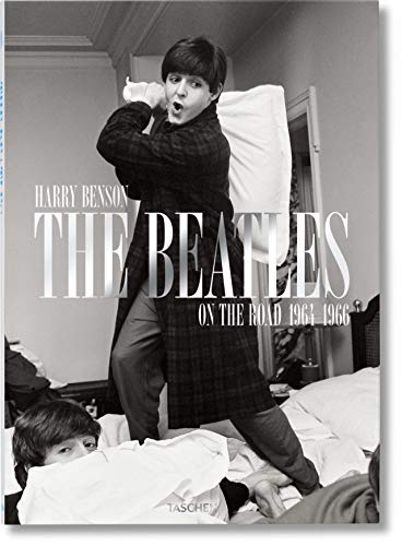 Harry Benson. The Beatles: JU
