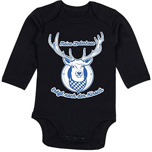 Shirtracer Oktoberfest Baby - Meine Lederhose trägt noch der Hirsch Rauten - 3/6 Monate - Schwarz - BZ30_Body_Langarm - BZ30 - Baby Body Langarm