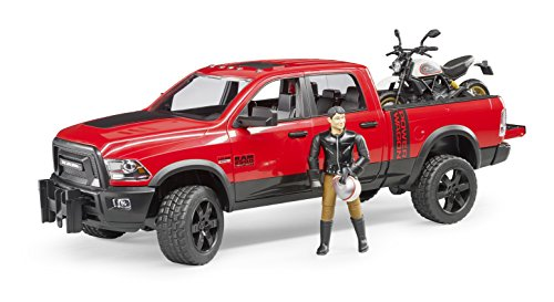 Bruder 2502 voertuig RAM 2500 Power Wagon met Scrambler Ducati Desert Sled en bestuurder, rood
