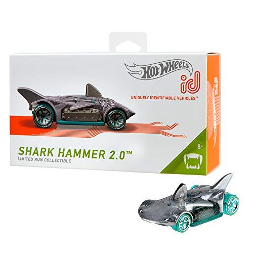 Hot Wheels iD FXB11 - Die-Cast Fahrzeug 1:64 Shark Hammer 2.0 mit NFC-Chip zum Scannen in der Hot Wheels iD App, Auto Spielzeug ab 8 Jahren