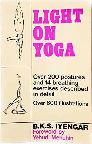 Light on Yoga (Mandala Books)