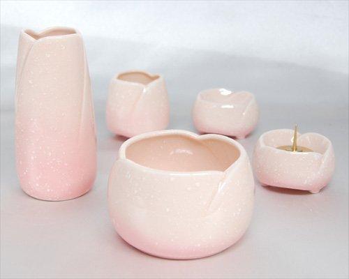 ペット仏具 5点 やわらぎ ピンク 国産 陶器 水入れ 花立 供物台 香炉 ろうそく立て 香炉の灰付 仏具セット ミニ