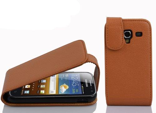 Cadorabo Hülle für Samsung Galaxy ACE 2 in Cognac BRAUN - Handyhülle im Flip Design aus Strukturiertem Kunstleder - Hülle Cover Schutzhülle Etui Tasche Book Klapp Style