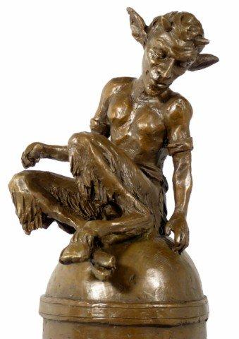 Bronzefigur - Faun/Satyr/Teufel auf Kuppel - signiert von Milo - Moderne Kunst Skulptur - Deko Figur - Bronzefigur - Wohndeko in Bronze