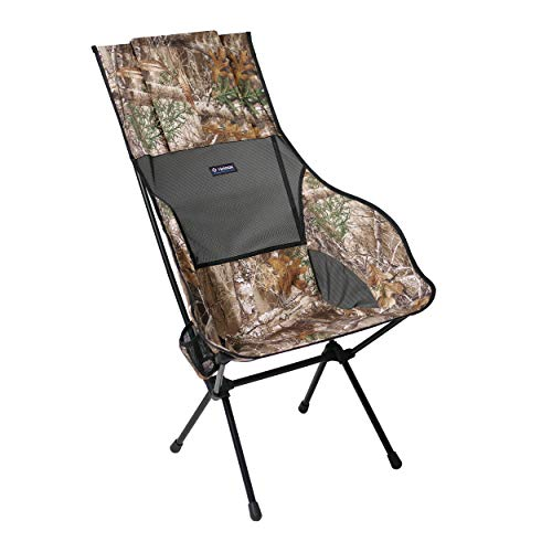Helinox Savanna Chair   Ergonomisches Design und ausgeklügelter Stil fließen zu einem Stuhl zusammen, der überragenden Komfort und Support bietet (Realtree)