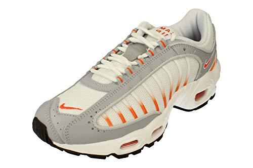 Nike Air MAX Tailwind IV, Zapatilla de Correr Hombre, Blanco/Naranja Blaze/Lobo Gris/Negro, 43 EU