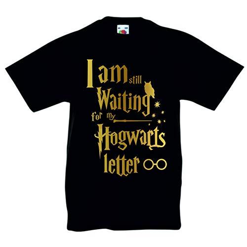 Camiseta con texto en inglés I Am Still Waiting for My Hogwarts, inspirada en Harry Potter, regalo mágico de cumpleaños para niños o niñas de 3 a 4 años a 12 a 13 años