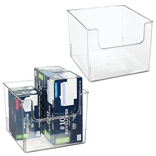 mDesign Juego de 2 cajas organizadoras – Práctico organizador de escritorio, salón, baño y mucho más – Caja de plástico con frontal más bajo para que el contenido esté más accesible – transparente