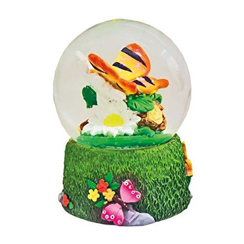 Water Globe - Farfalla di Deluxebase. Palla di Neve con Statuetta di Farfalla in Resina e con Base Modellata. Ottima per l'arredamento e Come Regalo. (Design selezionato Casualmente tra 2 Colori)