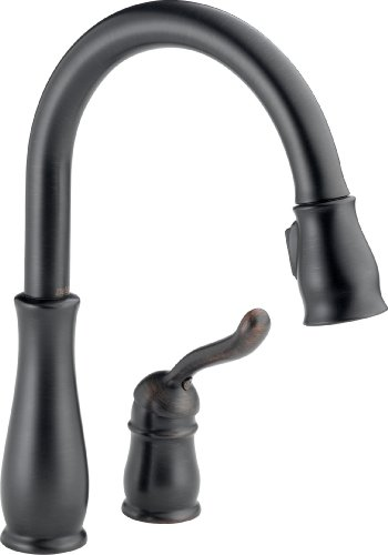 Delta Faucet Leland Single-Handle Kitchen Sink Faucet with Pull Down Sprayer and Magnetic Docking...