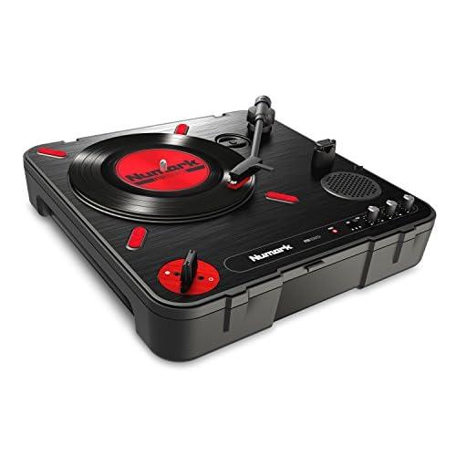 Numark PT01 Scratch - Giradischi Portatile per DJ con Commutatore Scratch, Casse, Alimentazione a Batteria/Rete, Selezione RPM e Connettività USB