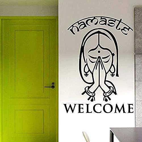 Etiqueta engomada del arte de la pared Etiqueta de la pared del vinilo Yoga indio Palabra de bienvenida Familia Yoga Estilo Etiqueta de la puerta de la pared 42X58Cm