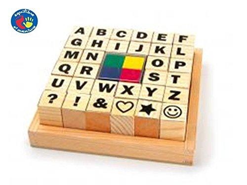 Kit de 32 tampons alphabet et signes avec 4 petits tampons encreurs colorés. Livraison gratuite.
