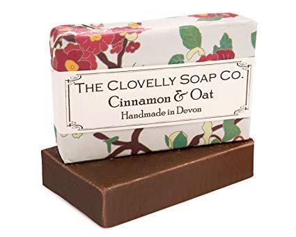 Clovelly Soap Co Natürliche handgemachte Peeling Seife Zimt & Hafer für alle Hauttypen 100g