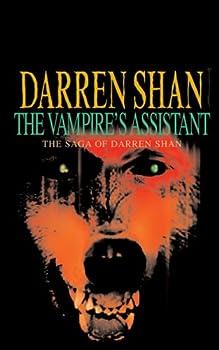 Paperback The Vampire's Assistant: The Saga of Darren Shan Book 2 Book