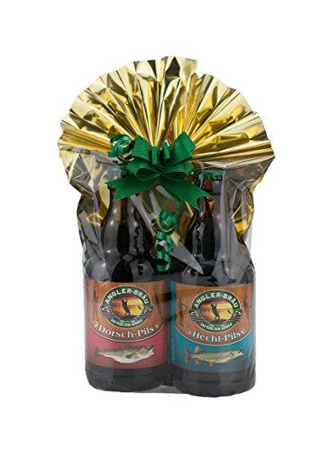 Angler Bier 2er- Geschenkeset 1 in Folie und Schleife verpackt als Geschenk