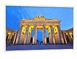 artboxONE Poster mit weißem Rahmen 45x30 cm Städte/Berlin