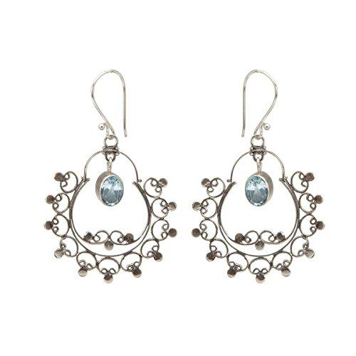 Shadi - Pendientes de plata de ley, con topacio azul facetado - joyería de plata artesanal