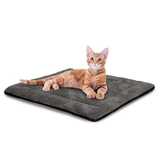 K&H Pet Products Self-Warming Pet Pad, 21' x 17', Gray/Black