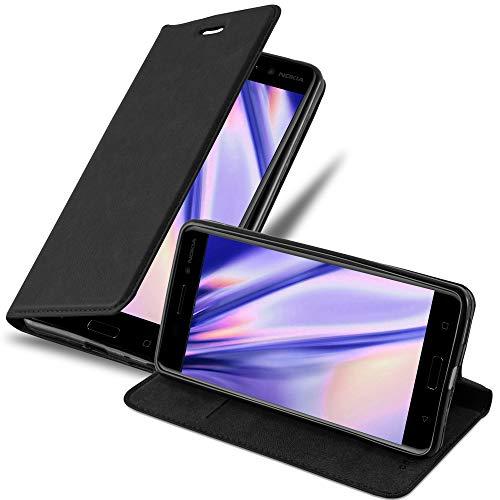 Cadorabo Hülle für Nokia 6 2017 in Nacht SCHWARZ - Handyhülle mit Magnetverschluss, Standfunktion & Kartenfach - Hülle Cover Schutzhülle Etui Tasche Book Klapp Style