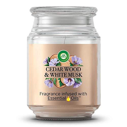 Air Wick Große Duftkerze im Glas – Bis zu 85h Brenndauer – Duft: Zedernholz & Mandelblume – Mit ätherischen Ölen – 1 x Duftkerze im wiederverwendbaren Design-Glas