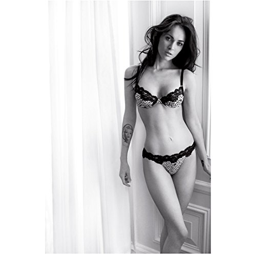 Megan Fox 8 Inch x10 Inch Photo Tra nsformers Teenage Mutant Ninja Turtles Jennifer's Body B&W Two Toned Lace Bra & Panties kn