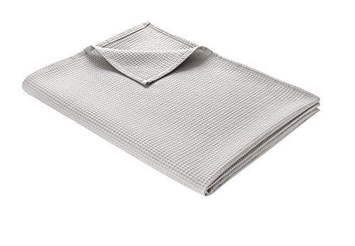 WOHNWOHL Colcha de 180 x 240 cm • Manta ligera de piqué de algodón 100% • Manta de sofá ventilada versátil • Manta de fácil cuidado • Manta de algodón color: gris claro